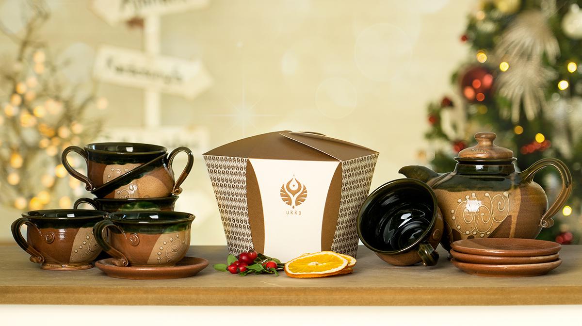 Díszdobozos tea válogatás, Barna teáskészlettel, karácsonyra
